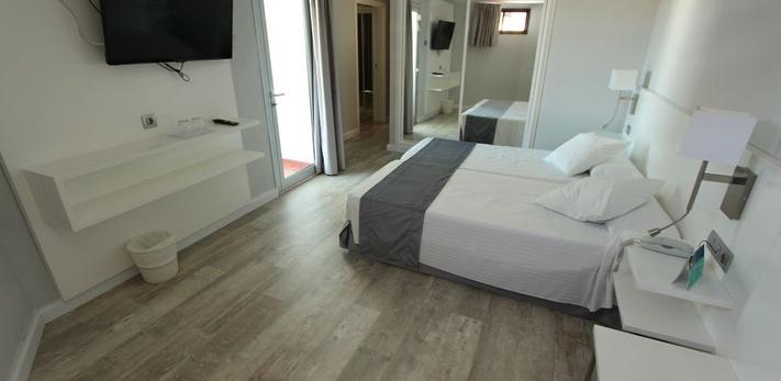 JUNIOR SUITE Caserio Hotel