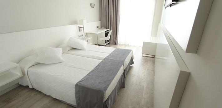 DOUBLE ROOM Caserio Hotel
