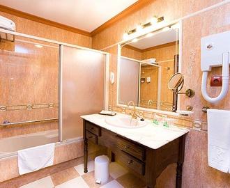 Bathroom San Agustín Beach Club Gran Canarias Hotel San Agustin